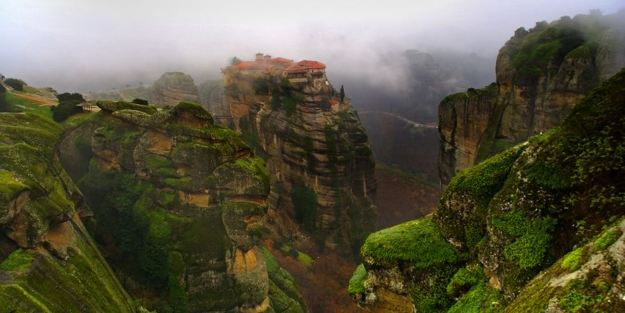 Guided Tour to the Monasteries of Meteora